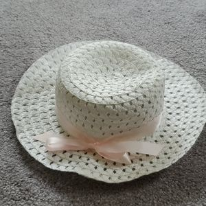 Dress Hat white with pink bow 🎀